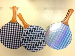 Raquettes de ping-pong brillantes ou Vichy